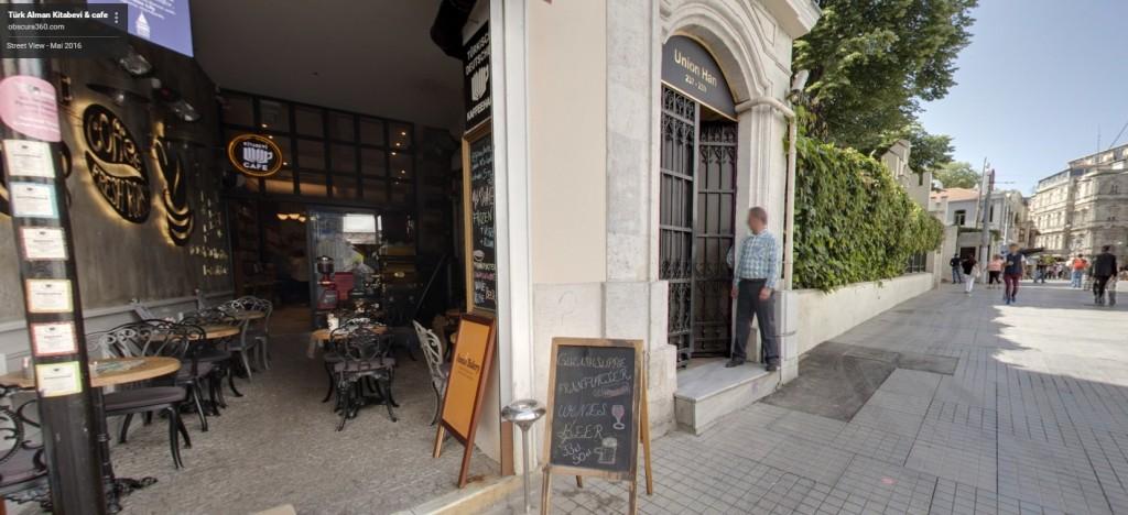 Istanbul/Beyoglu Istiklal Cd.